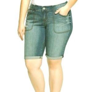 Bobbie Brooks denim blue jean shorts plus size 18